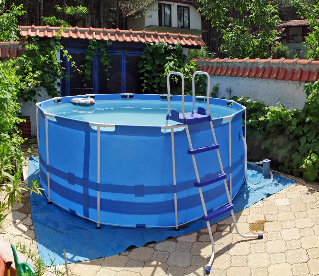above ground metal frame swimming pool
